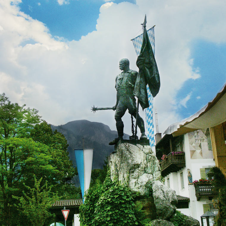 Schmied von Kochel Denkmal in Kochel
